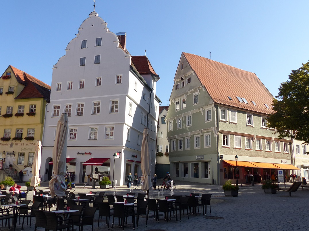 p1860935_marktplatz_4mujea.jpg