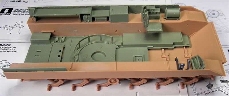 M3A3 Bradley mit Inneneinrichtung in 1:35 von Meng Pict63642h3xik