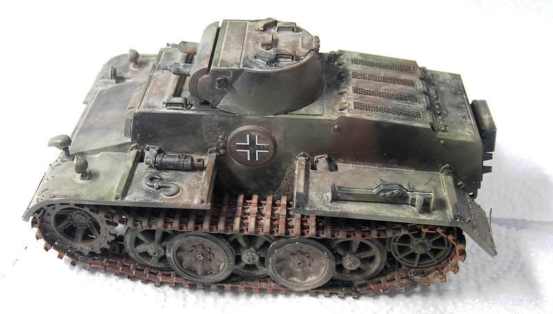 Pz I Ausf. F (VK 1801) in 1:35 von HobbyBoss Pict7061227sju