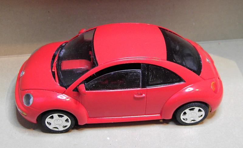 Volkswagen New Beetle 1:24 von Tamiya in der vorlackierten Version Pict77222h3cu0