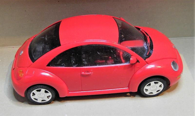 Volkswagen New Beetle 1:24 von Tamiya in der vorlackierten Version Pict772320nim0
