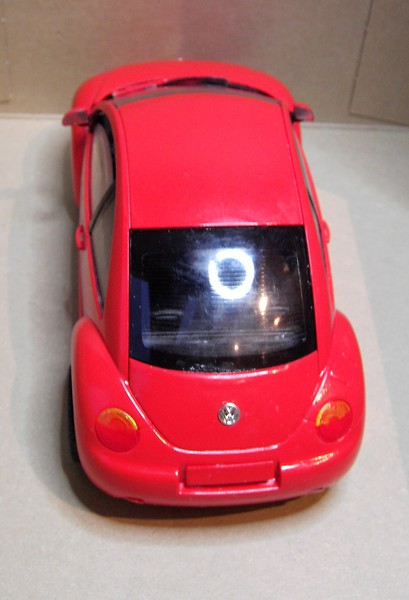 Volkswagen New Beetle 1:24 von Tamiya in der vorlackierten Version Pict7726276dfi