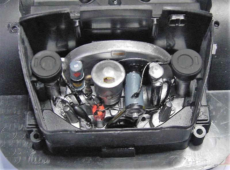 Porsche 356 Speedster in 1:16 von Revell Pict77582qsfj2