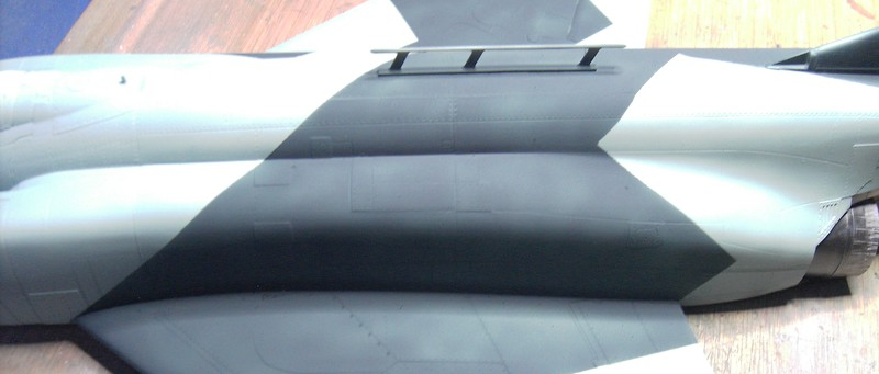 F-4 C/D Phantom II Pict80832kajf3