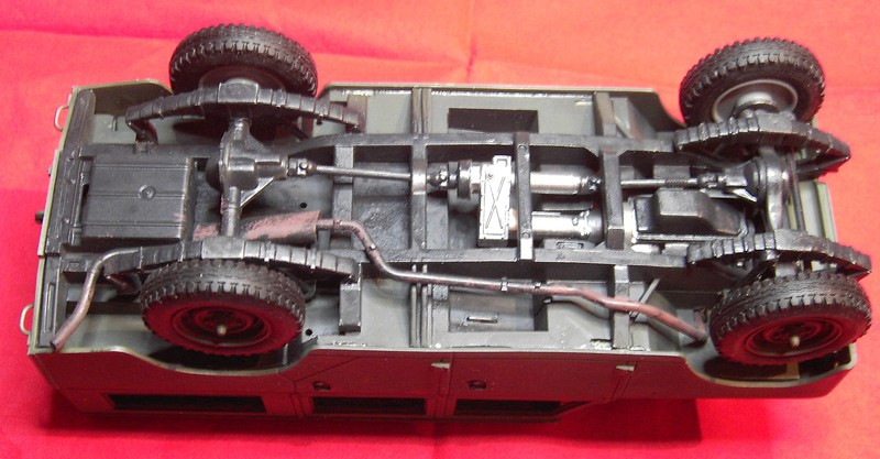 Land Rover Series III LWB in 1:24 Pict86442d0kn6