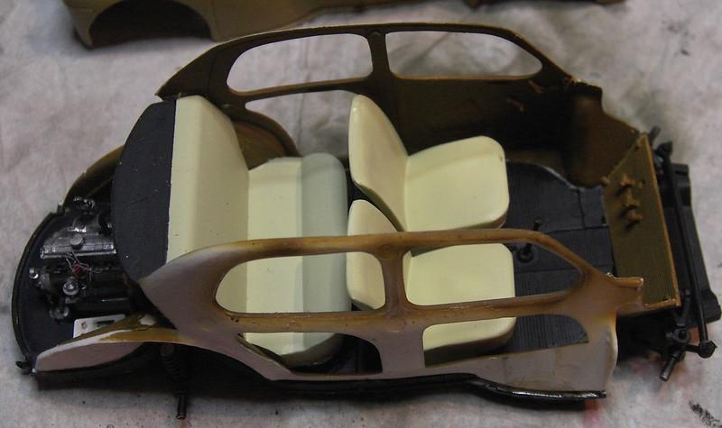 Cremeschnittchen - Renault 4 CV in 1:24 von Heller Pict86622yyjd5