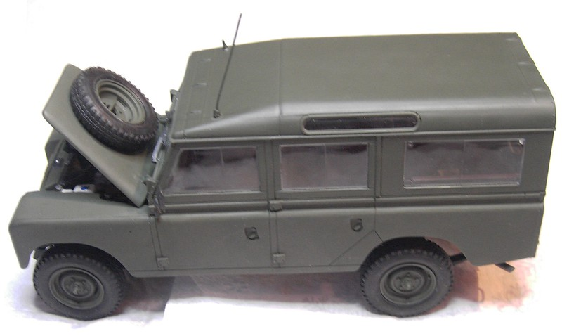 Land Rover Series III LWB in 1:24 Pict86822tskzp
