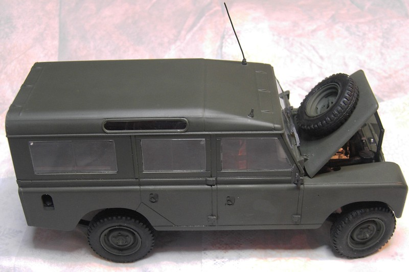 Land Rover Series III LWB in 1:24 Pict86832pyjrg