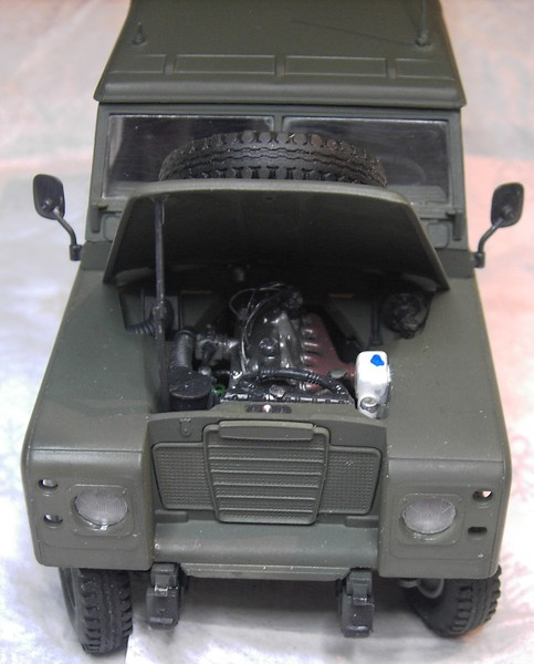 Land Rover Series III LWB in 1:24 Pict868723gjhh