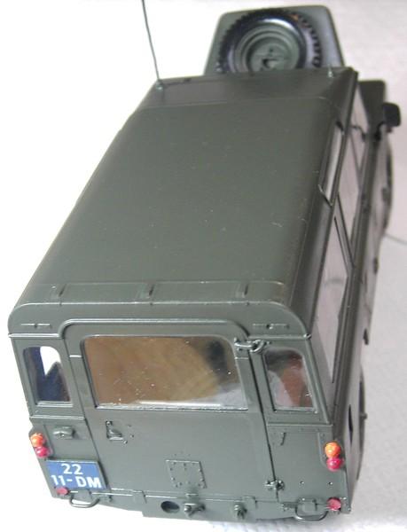 Land Rover Series III LWB in 1:24 Pict87052v4kv9