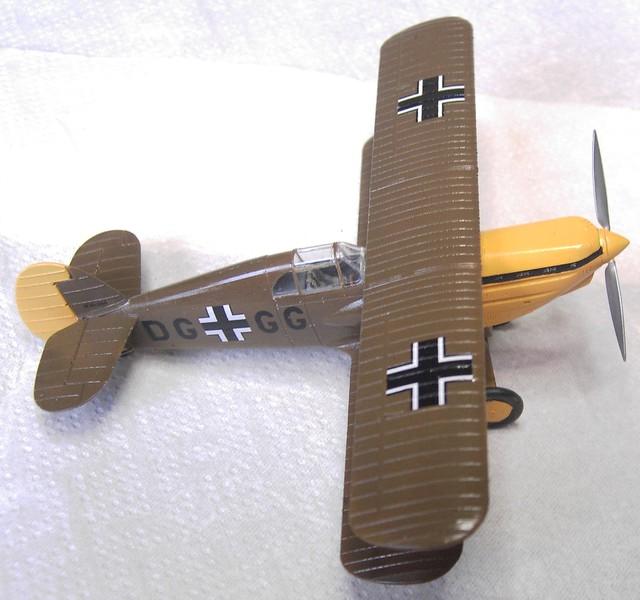 Avia B 534 1:72 von Eduard (Royal Class Bausatz) Pict887423dk4q