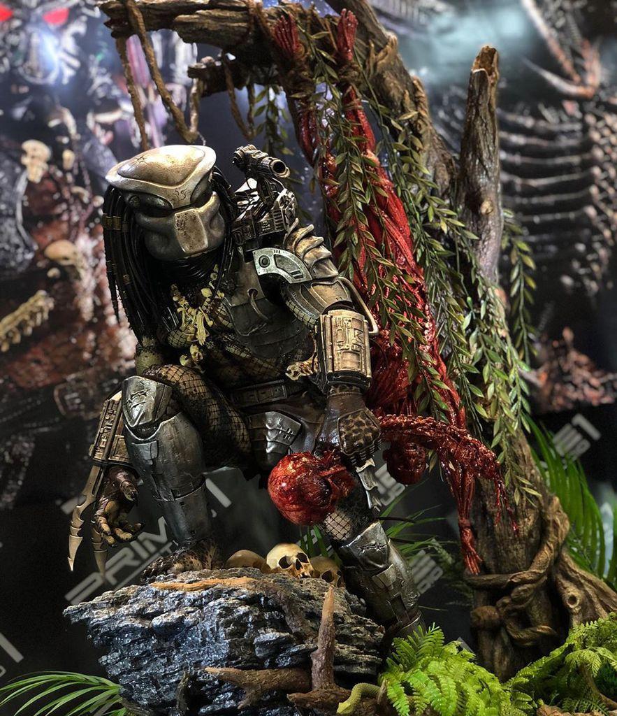 [Bild: predator2x9ku5.jpg]
