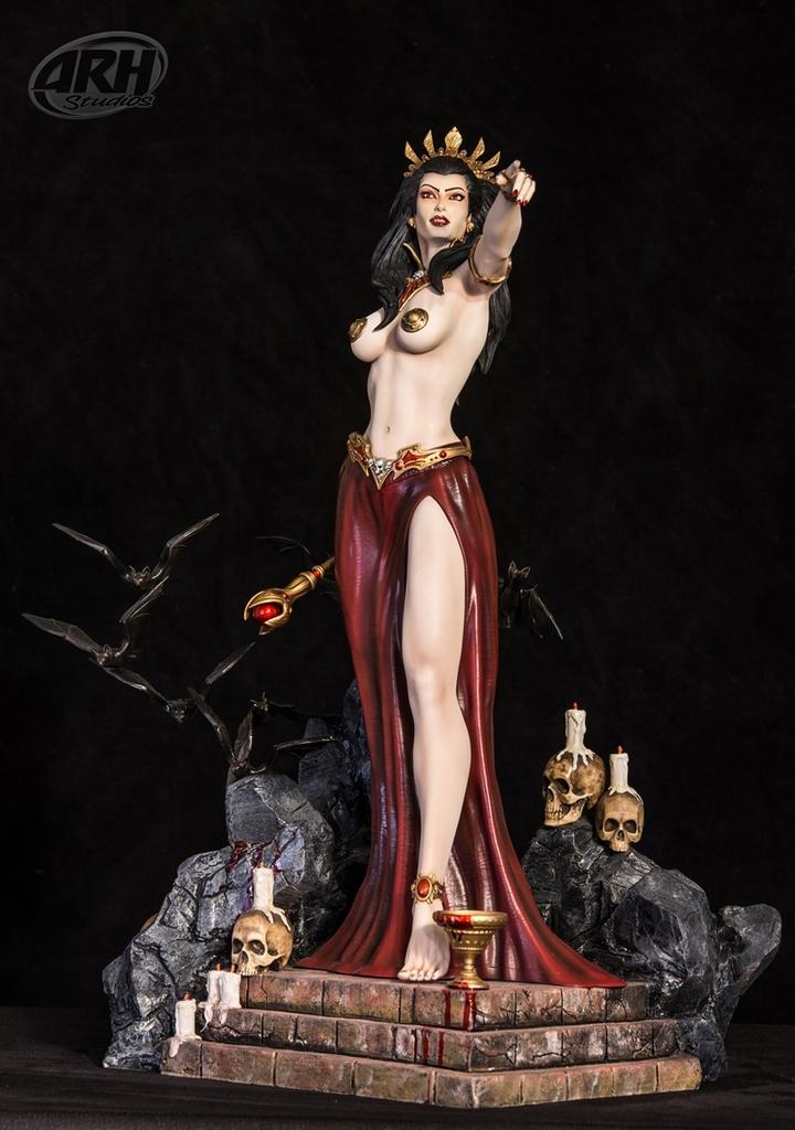 [Bild: queen-of-vampires2-3mwdu0d.jpg]