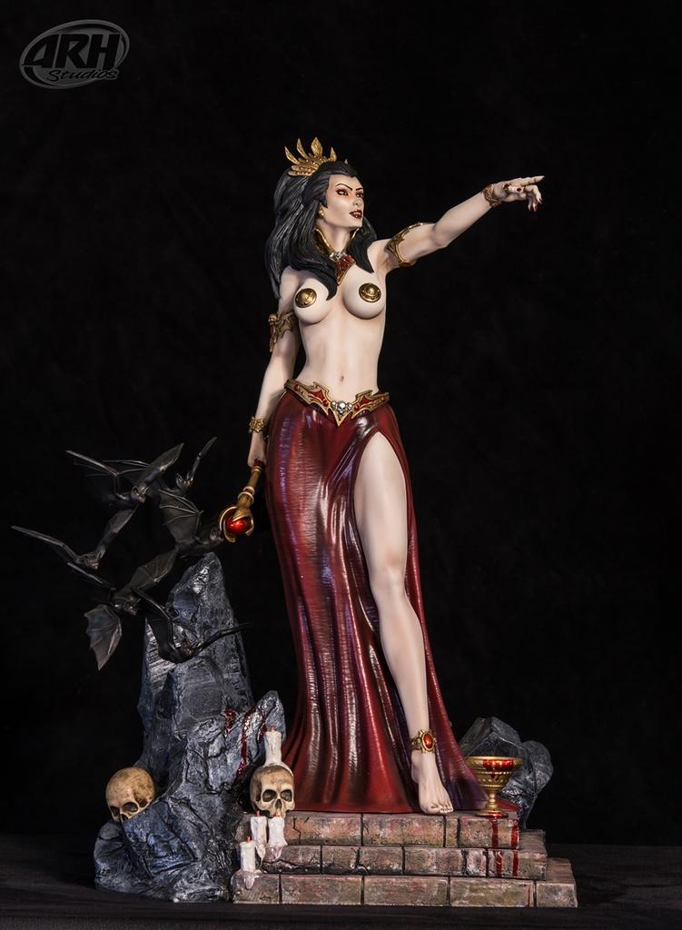 [Bild: queen-of-vampires2-9m8uut4.jpg]