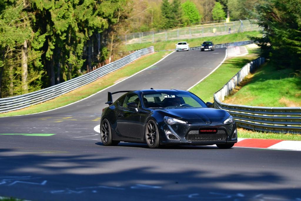racetracker_2782646_4r1kdn.jpg