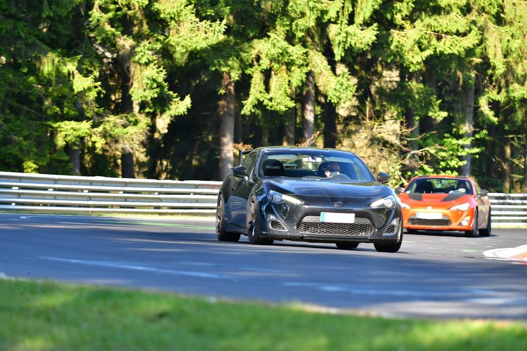 racetracker_2782852_4nrb79.jpg
