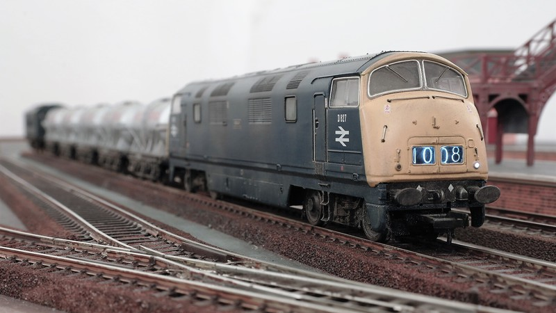 Bachmann UK 00 gauge British Railways blue era diesel Sam_26703bk86