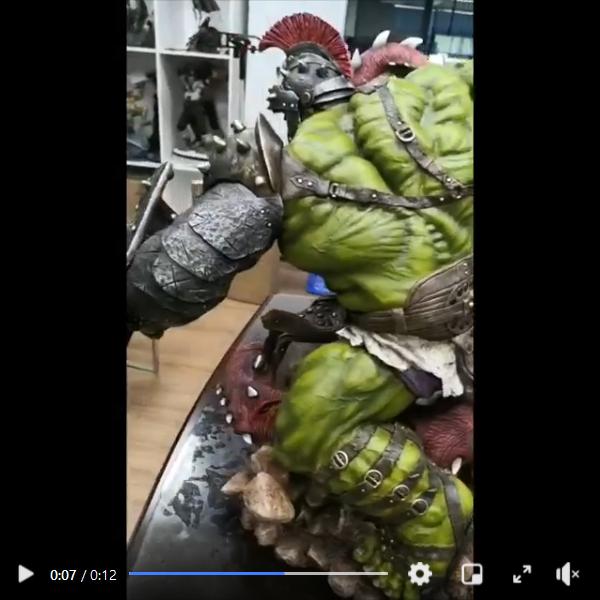 Premium Collectibles : Planet Hulk / King Hulk** Screenshot_2020-11-0788jfl