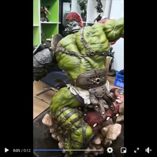 Premium Collectibles : Planet Hulk / King Hulk** Screenshot_2020-11-07enklu