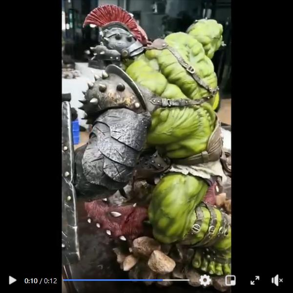 Premium Collectibles : Planet Hulk / King Hulk** Screenshot_2020-11-07spj17