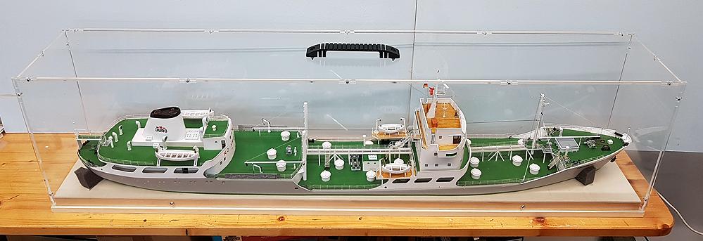 tanker106zkkfn.jpg