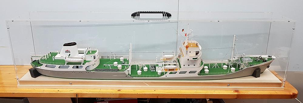 tanker107fijvd.jpg
