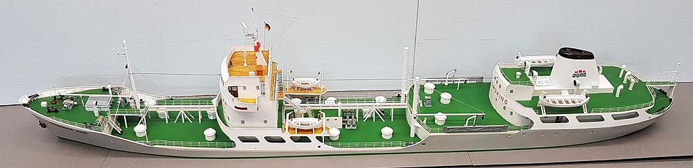 tanker865jj7m.jpg
