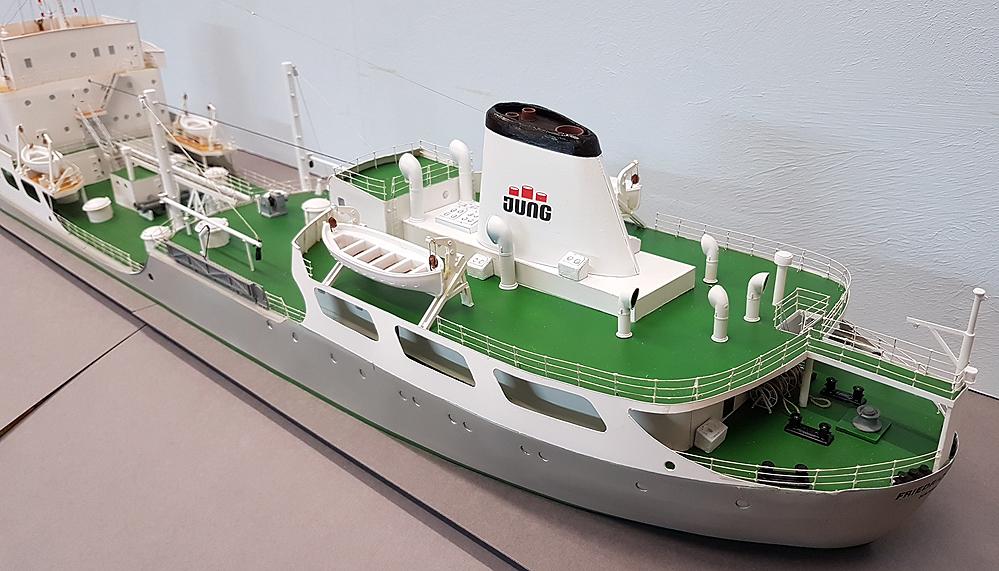 tanker96mgke3.jpg