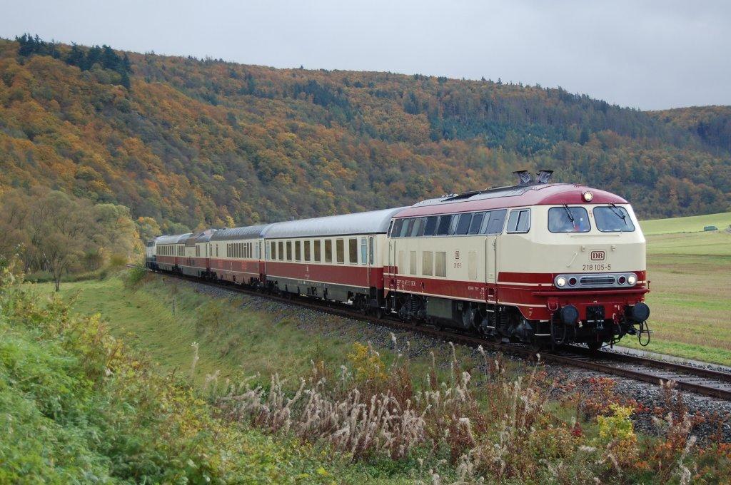 Züge in Langeweihla/Schnellzüge Teerheingold24102010frankenber