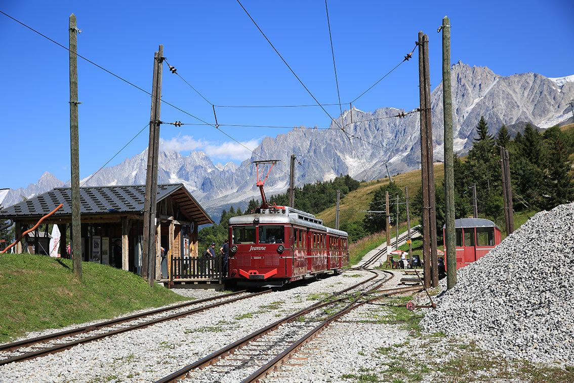 https://abload.de/img/tramwaymontblanc3zss1s.jpg