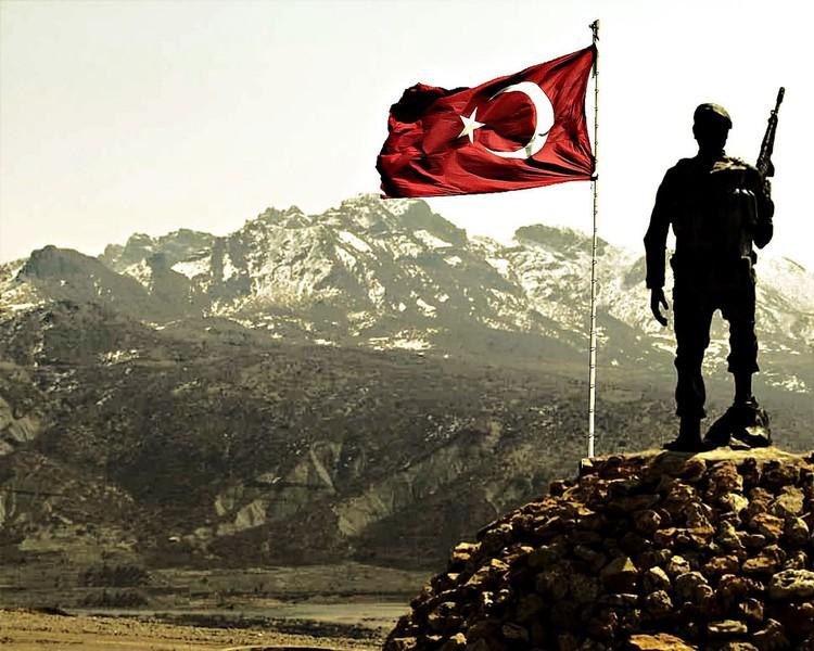 [Resim: turk_bayragi_tc_32miuoi.jpg]