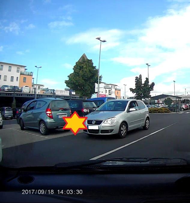 https://abload.de/img/unfallparkplatzzhphj.jpg