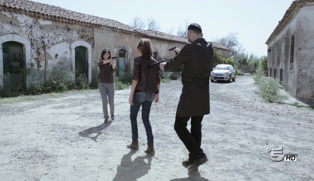 Squadra Antimafia - Il Ritorno del Boss (2016) (Completa) HDTV 720P  ITA AC3 x264 mkv Vlcsnap-2016-09-10-09j3ov4