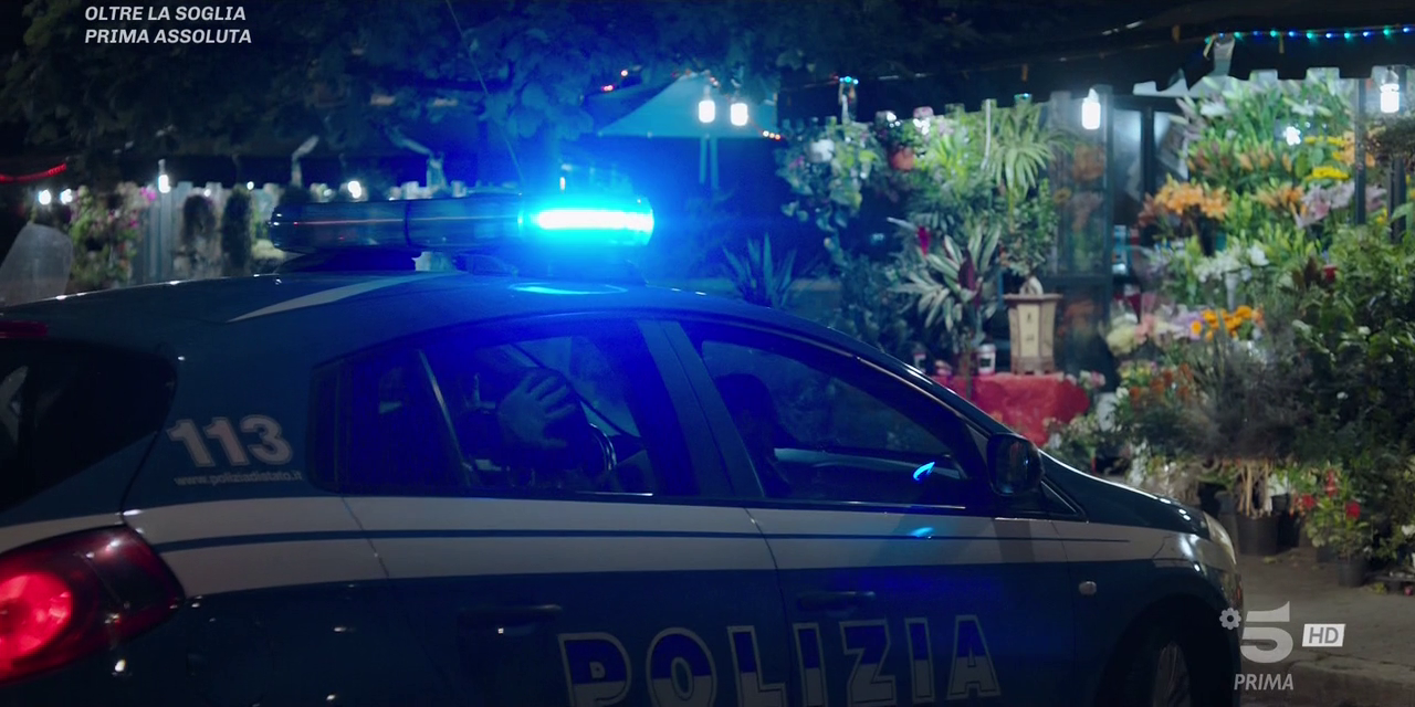 Oltre La Soglia - Stagione 1 (2019) (Completa) HDTV 720P ITA AC3 x264 mkv Vlcsnap-2019-11-07-12srjp4