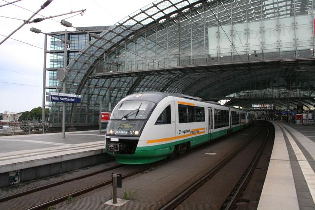 VT 08B Berlin Hauptbahnhof