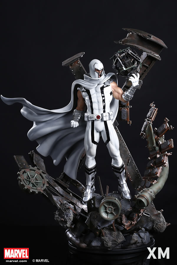 Premium Collectibles : Magneto White Version - Page 2 Whitemag02pef0h