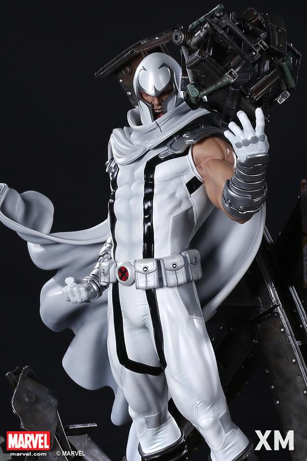 Premium Collectibles : Magneto White Version - Page 2 Whitemag038edy2