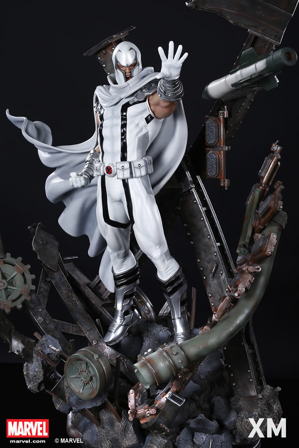 Premium Collectibles : Magneto White Version - Page 2 Whitemag088ocwr
