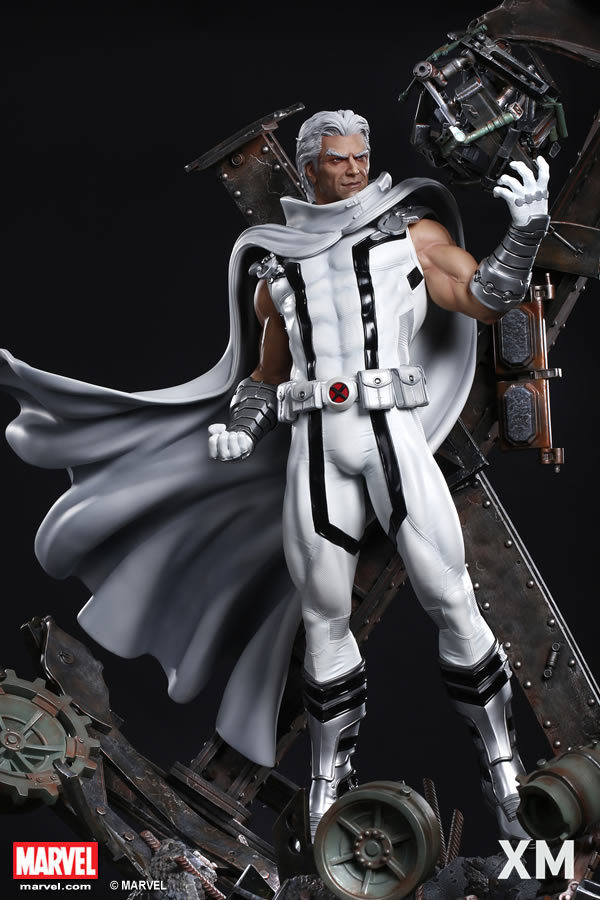 Premium Collectibles : Magneto White Version - Page 2 Whitemag12hmewp