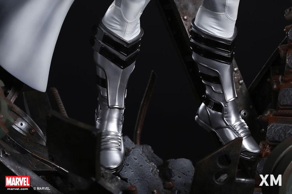 Premium Collectibles : Magneto White Version - Page 2 Whitemag166oez2