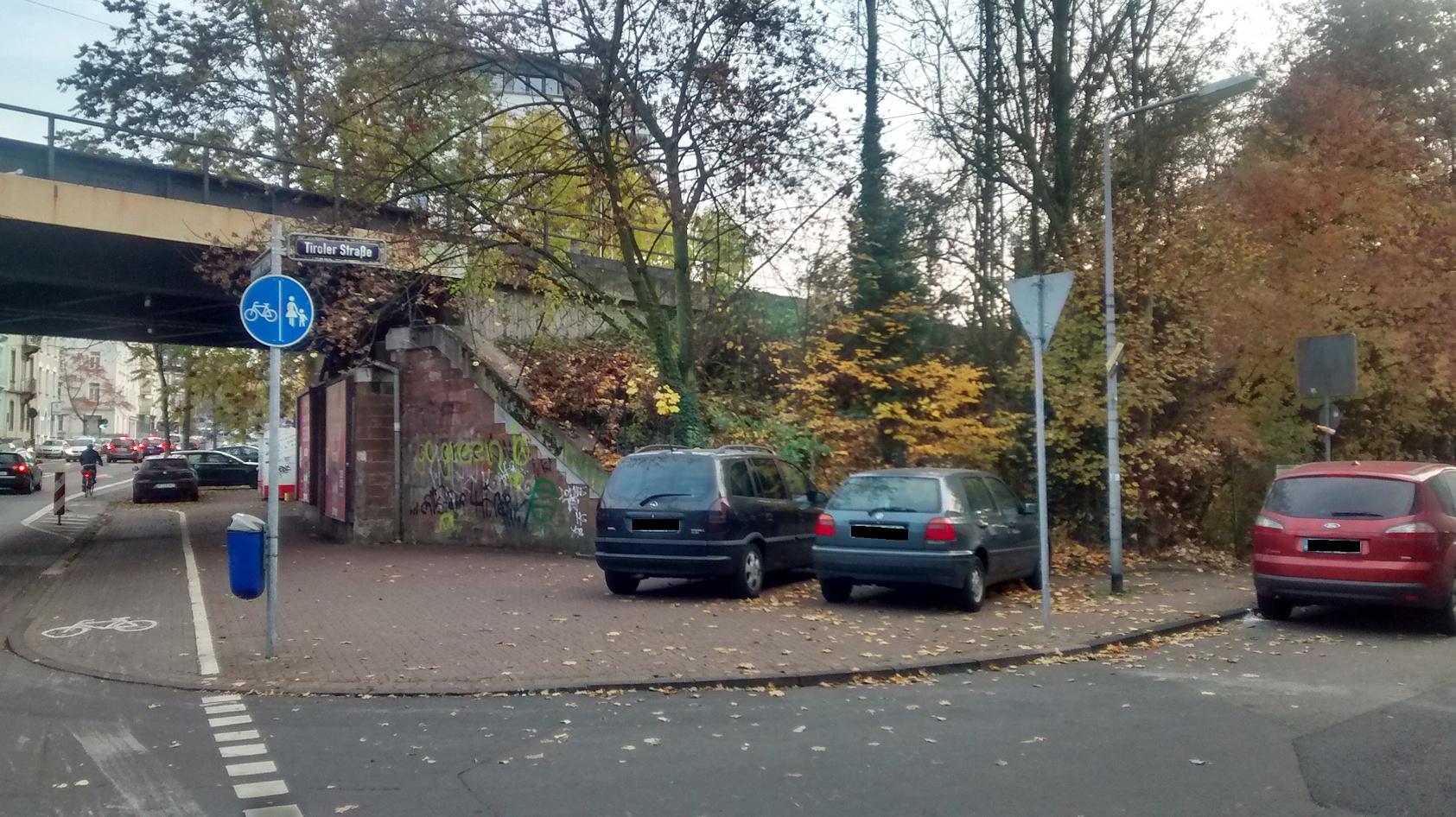wieso ist hier angeblich parkverbot gehweg parken verboten verkehrstalk foren. Black Bedroom Furniture Sets. Home Design Ideas