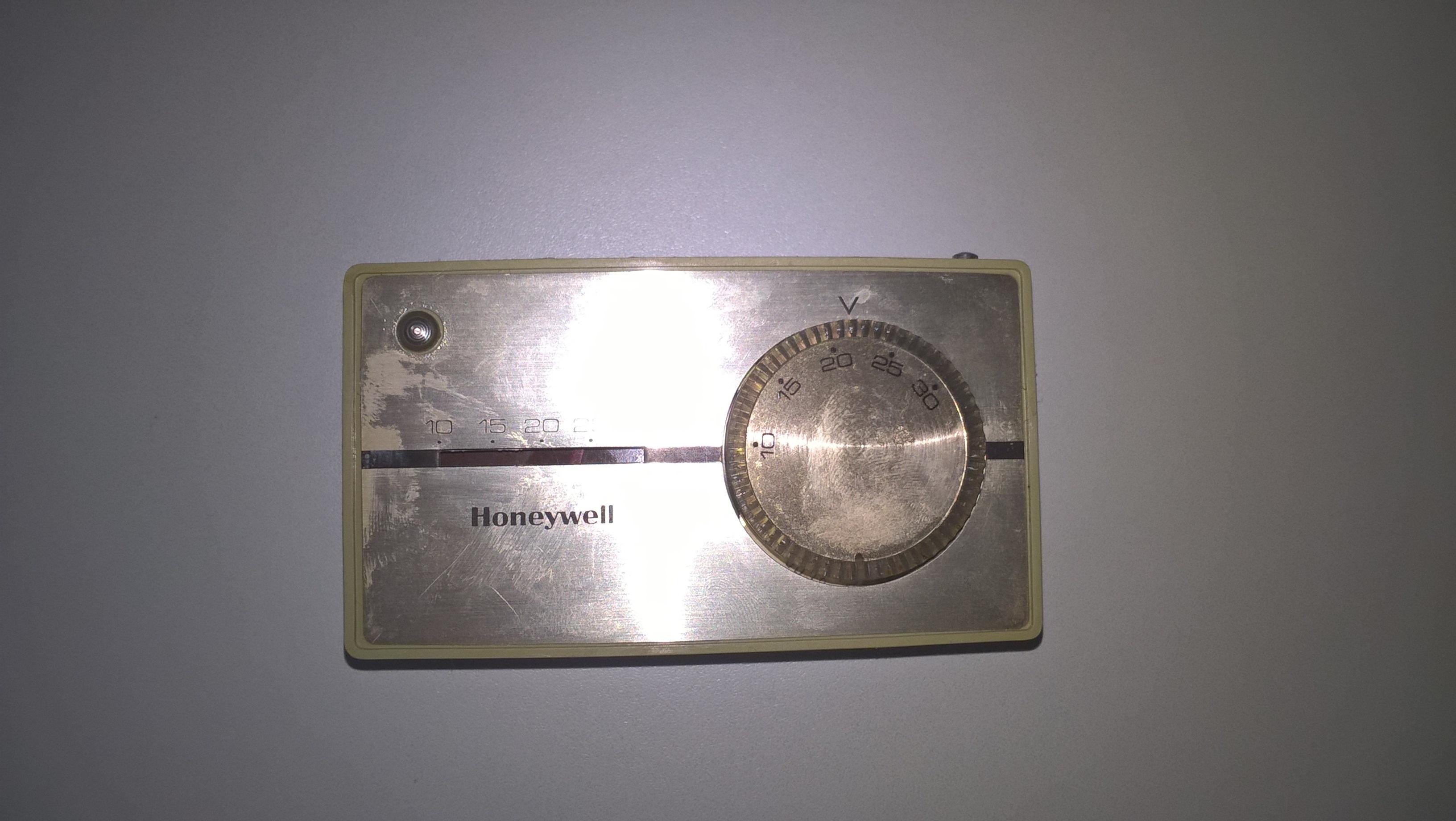 altes Raumthermostat austauschen - benötige Hilfe - HaustechnikDialog