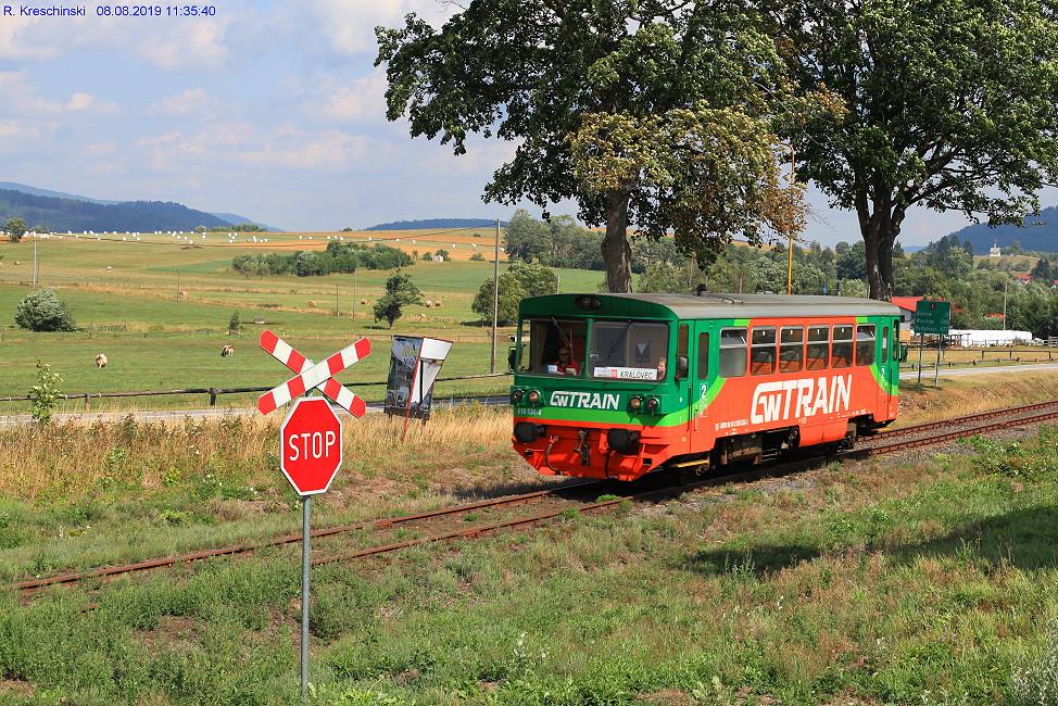 [Bild: xgw-train810536-3hint80k2b.jpg]