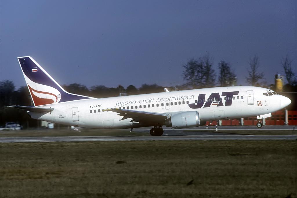 B737-300 JAT/Aviolet Yu-anf_25-03-985sjhv