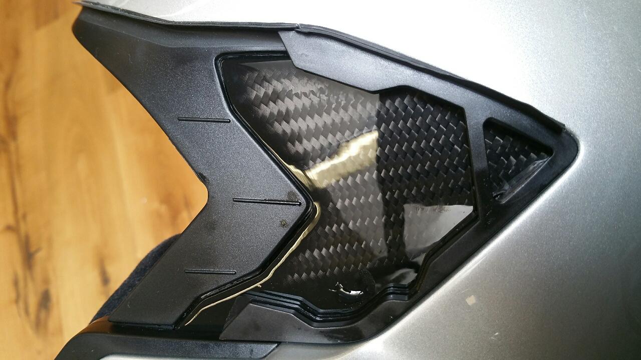 bmw helm system 7 carbon seite 10. Black Bedroom Furniture Sets. Home Design Ideas