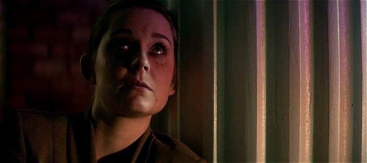 Karanlık Oda Türkçe Dublaj indir Ekran Görüntüsü 2