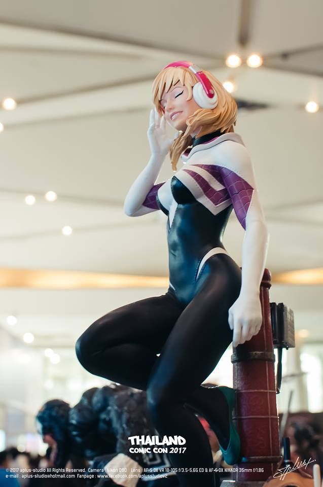 Premium Collectibles : Spider-Gwen Zn1qpj8uuv